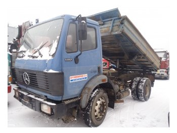 Benne camion Mercedes-Benz 1417 4x2: photos 1