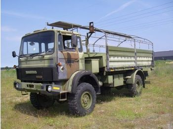 Camion plateau ridelle Magirus 168 M11 FAL 4X4 EX-ARMY.