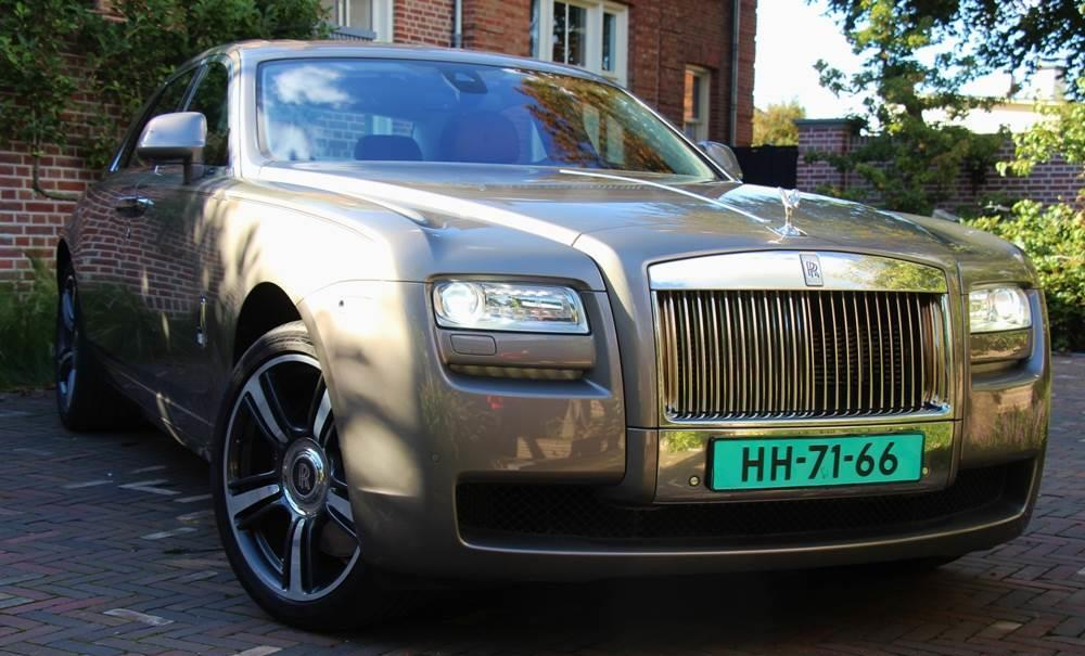 voiture ROLLS-ROYCE GHOST 6.6 V12 HEAD-UP