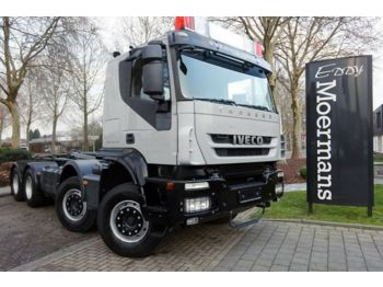 Iveco AT340T45 8x4 AP Achsen  - camion ampliroll