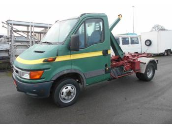 Camion ampliroll Iveco Daily 35C11