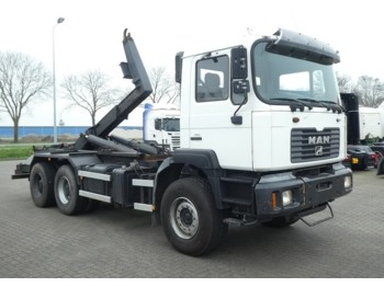 Camion ampliroll MAN 27.314 F2000 6x4 manual
