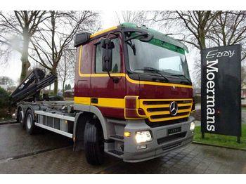 Camion ampliroll Mercedes-Benz 2546 6x2 Abrollkipper Mit Kran