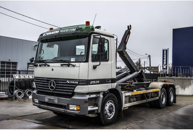 camion ampliroll Mercedes-Benz ACTROS 2531 L