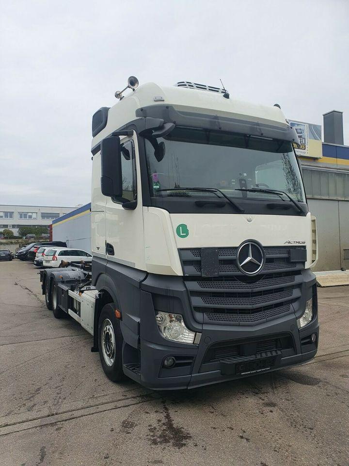 camion ampliroll Mercedes-Benz Actros 2545 HIAB Abroller Bigspace  E6 Intarder