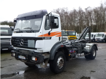 Camion ampliroll Mercedes SK 2031 4x2 container hook 14 t