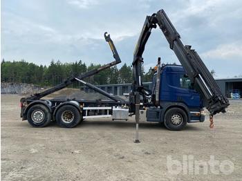 Camion ampliroll  Scania P400LB Lastväxlare med Kran och Flak