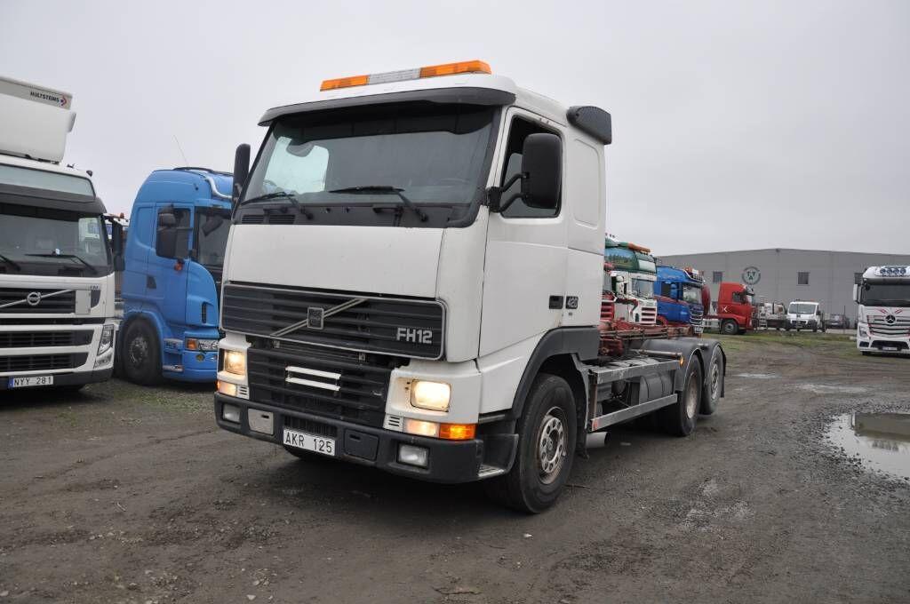 camion ampliroll VOLVO FH12
