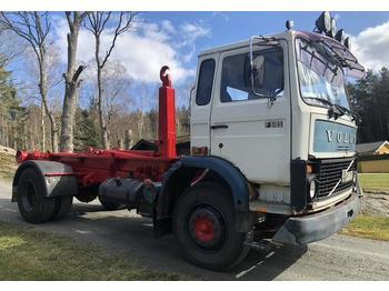 Camion ampliroll Volvo F616