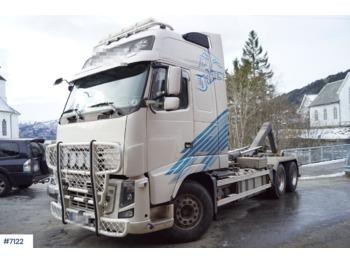 Camion ampliroll Volvo FH16 750