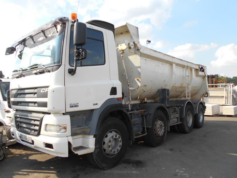 camion benne DAF CF85 360