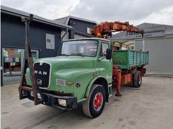 Camion benne MAN 19.321 4x2 TIPPER + CRANE