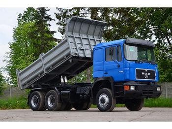 Camion benne MAN 26.362 6x6 model 1990 - tipper