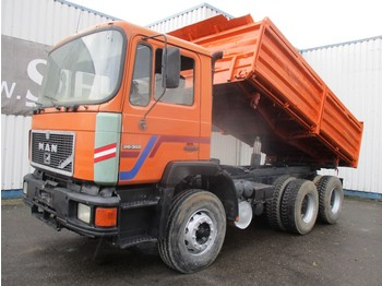 Camion benne MAN 26.372 , ZF Manual , 6x4 , 3 way tipper , Spring suspension