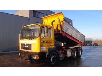 Camion benne MAN 26.403 (BIG AXLE / FULL STEEL SUSPENSION / ZF-GEARBOX / 10 TIRES / EURO2)