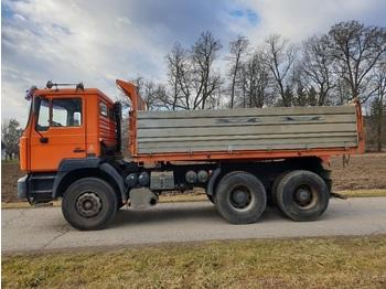Camion benne MAN 26.414