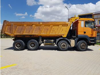 Camion benne MAN 41.400