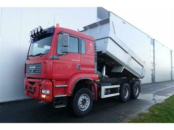 Camion benne MAN TGA28.480 6X4 MANUAL RETARDER FULL STEEL HUB RED