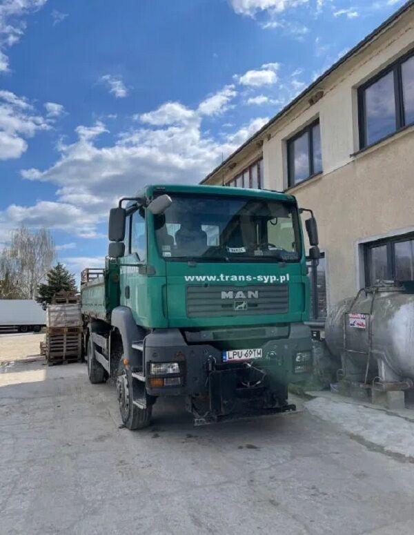 camion benne MAN TGA 18.320 4x4