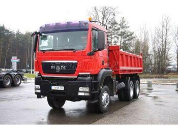 Camion benne MAN TGA 26.430