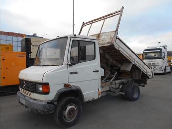 Camion benne Mercedes 709D