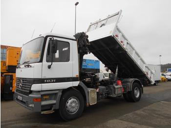 Camion benne Mercedes Actros 1831