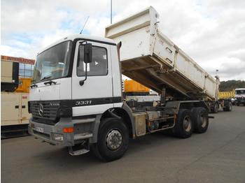 Camion benne Mercedes Actros 3331