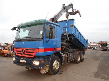 Camion benne Mercedes Actros 3332