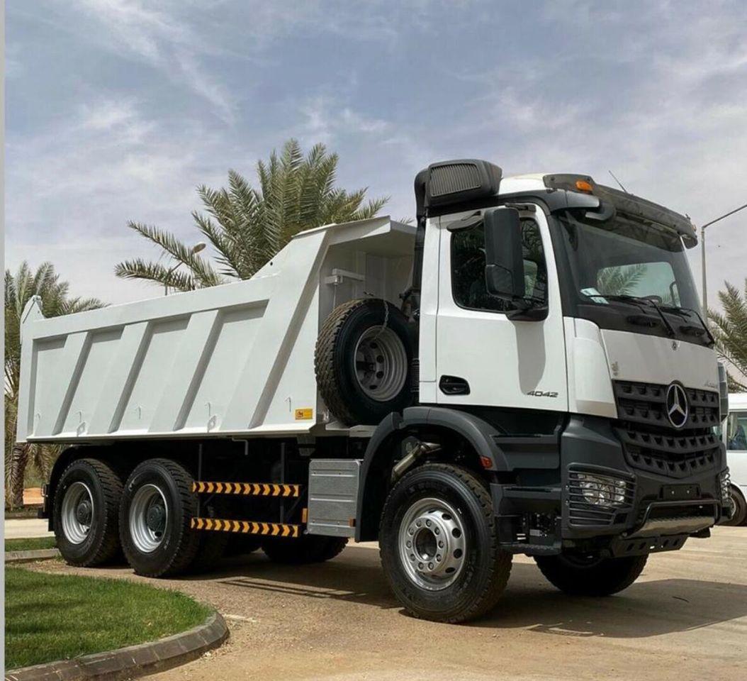 camion benne Mercedes-Benz 3342 6X4  Mulden Kipper Euromix ET 18