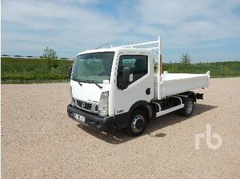NISSAN NT400 35.14 - camion benne