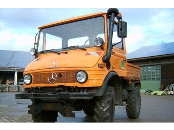 Camion benne Unimog 600 - U600 407 61806 Mercedes Benz 407