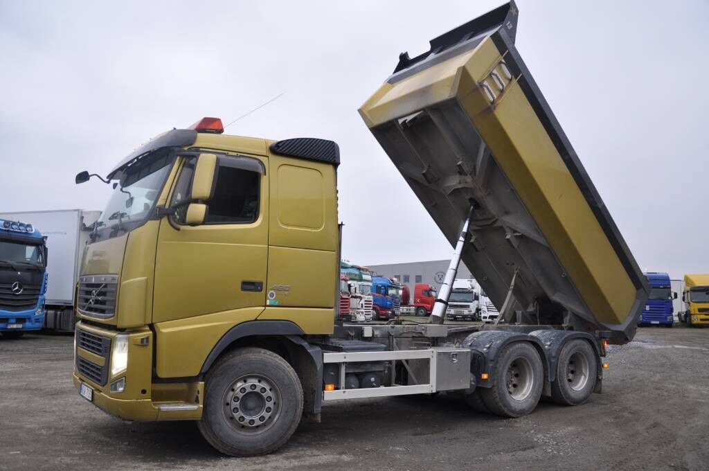 camion benne VOLVO FH480