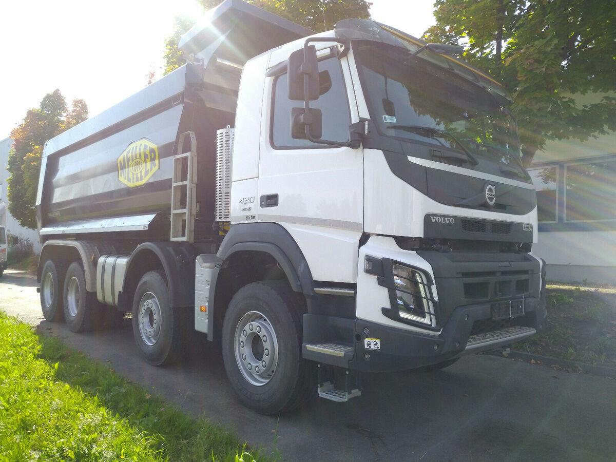 camion benne Volvo FMX 8x4R MEILLER HeyvyDuty GCW50to 20m3 like NEW