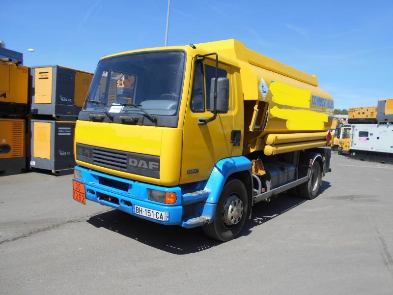 camion citerne DAF FA55 210