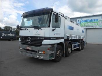 Camion citerne Mercedes-Benz Actros 3240 - 8x4 - tank 22000 liters