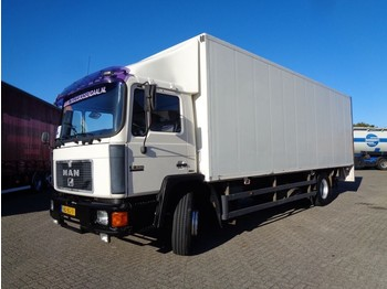MAN 18.232 Silent 6 cylinder + Manual + Lift - camion fourgon