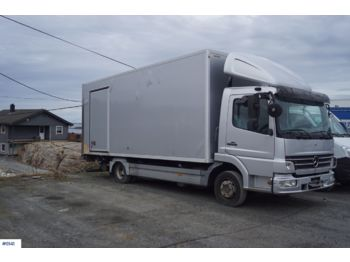 Camion fourgon Mercedes Atego 818L