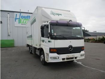 Camion fourgon Mercedes-Benz 1223