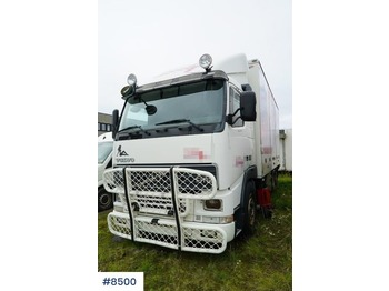 Camion fourgon Volvo FH12
