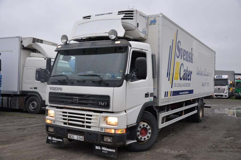 camion frigorifique VOLVO FM7 250