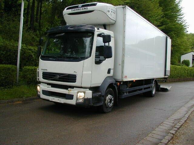 camion frigorifique Volvo FL12240