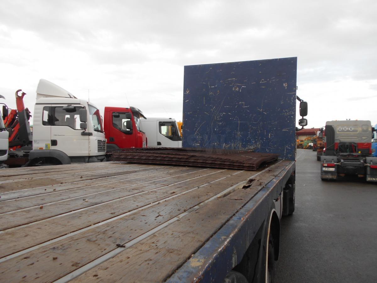 camion plateau DAF XF105 410