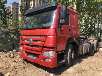 SINOTRUK howo 375 tractor unit - camion plateau