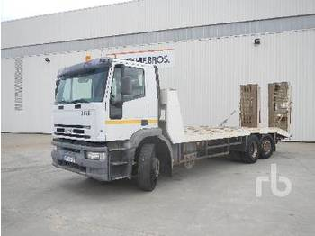 IVECO EUROCARGO 6x2 - camion plateau ridelle