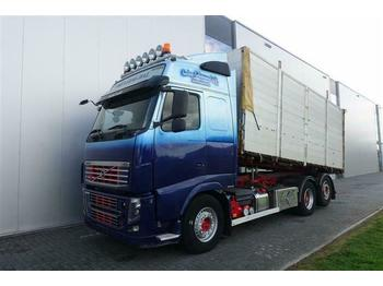 Volvo FH16.700 6X2  HUB REDUCTION EURO 5  - camion plateau ridelle
