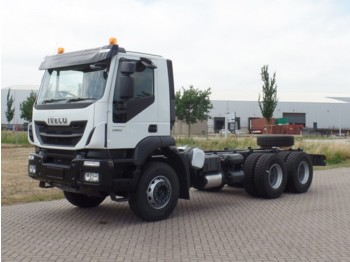 Iveco Trakker AD380T38H 6x4 Chassis cabin RHD - châssis cabine