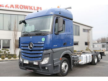 MERCEDES-BENZ ACTROS 2542 6×2 E6 BDF CHASSIS - châssis cabine