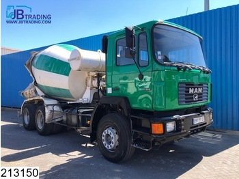 Camion MAN 26 322 6x4, Liebherr, 7 M3, Manual, Steel suspension, Hub reduction