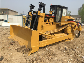CATERPILLAR D8R - bulldozer