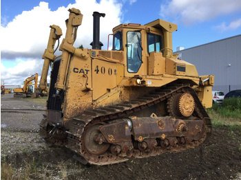 Cat D9N - bulldozer